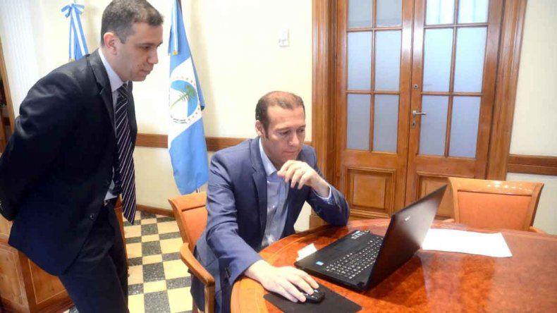 Se rubricó el primer decreto provincial con firma digital