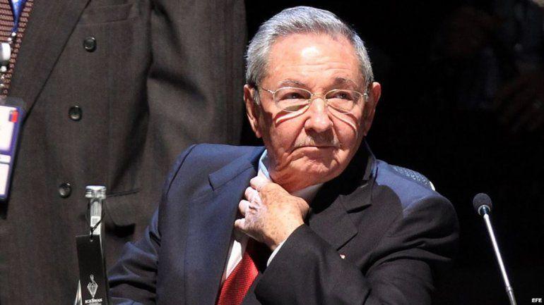 Raúl Castro le mandó una carta a Putin. Quiere petróleo no muy caro.