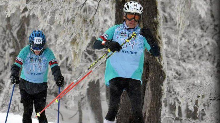 Vera también practica esquí y compitió en más de un tetratlón.