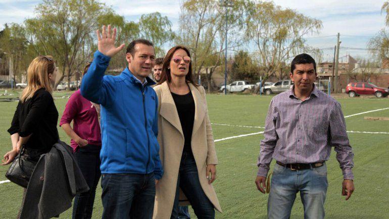 De recorrida por la ciudad, Gutiérrez visitó Confluencia y Alta Barda