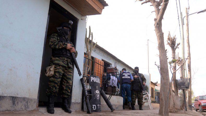 Valentina Sur: seis detenidos en allanamientos por drogas