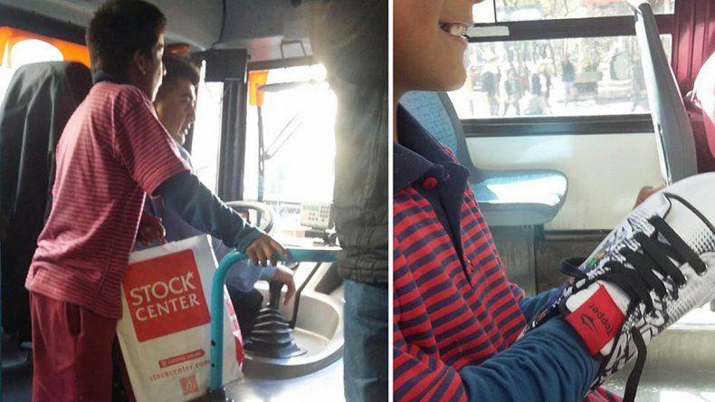Julio le regaló zapatillas a un pasajero de 11 años para su cumpleaños.