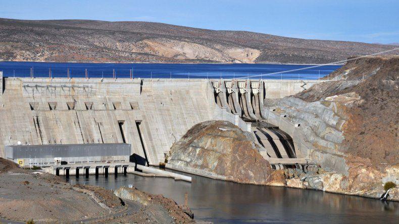 La represa de Piedra del Águila es una de las que generará menos energía.
