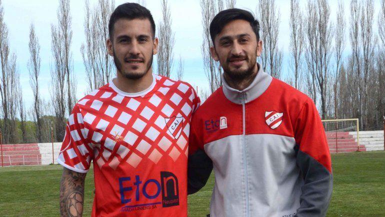 Villa (izquierda) y Ávila (derecha) buscan que el abrazo se repita en Roca.