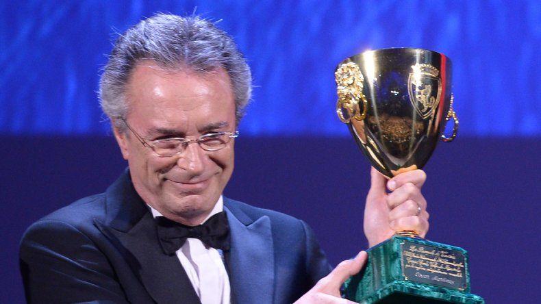 Oscar Martínez recibió la Copa Volpi a la Mejor Actuación Masculina.