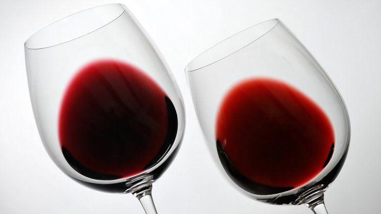Las bodegas cambian sus técnicas de elaboración y llevan sus viñedos a nuevas latitudes para darles un toque especial a sus productos.