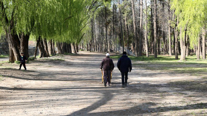 En el parque se realiza hace años la Fiesta Nacional de la Familia y de la Primavera. Está amenazado por loteos.