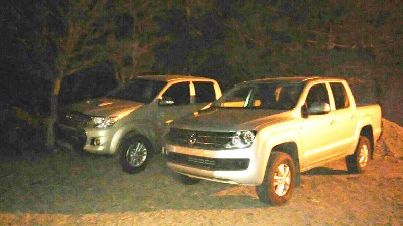 Detuvieron a dos hombres que traían camionetas sin documentación