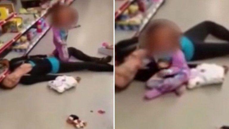 La desesperación de la nena quedó grabada. La madre negó ser adicta.