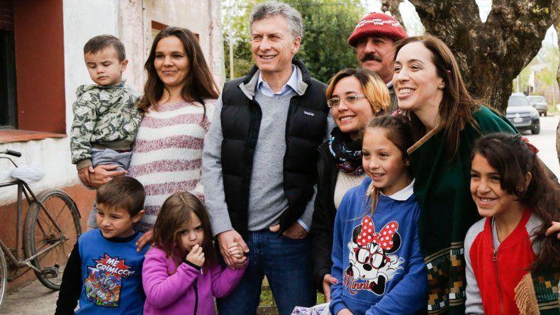 De la recorrida de Macri y Cía. por distintos puntos también participó Carrió.