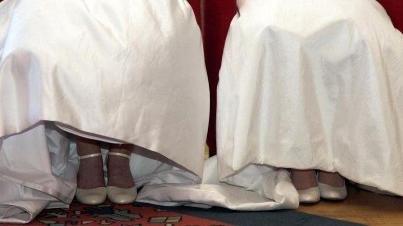 Dos monjas se enamoraron, dejaron los hábitos y se casaron