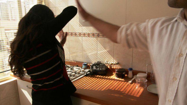 Al municipio de Añelo llegan 10 denuncias semanales de violencia familiar y en la mayoría las víctimas son mujeres.