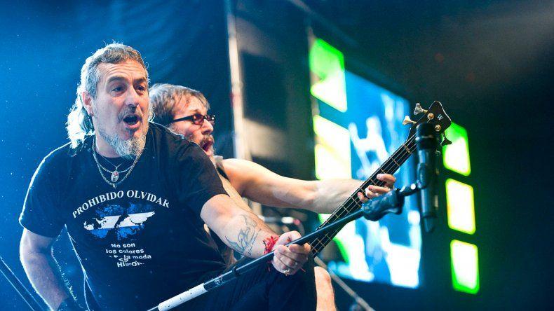 La banda del Mono Fabio se encuentra en medio de su gira-presentación de su último disco: Motormúsica.