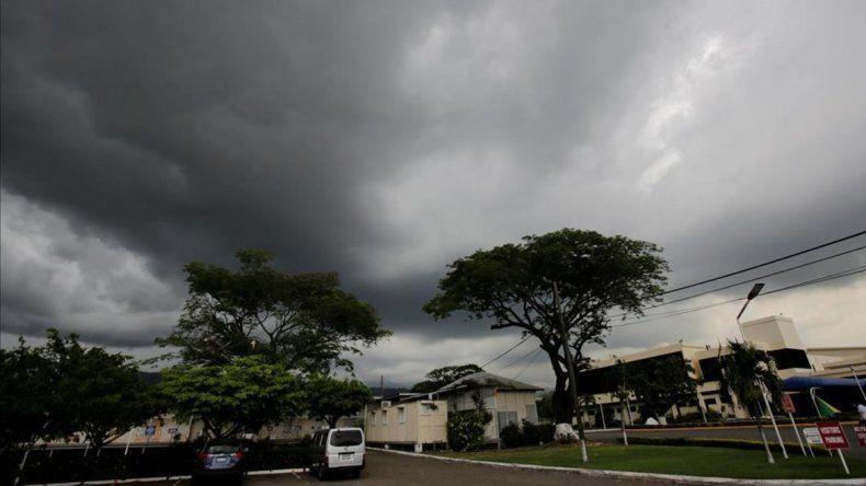 El huracán Matthew avanza hacia Cuba y ya hay 300 mil evacuados