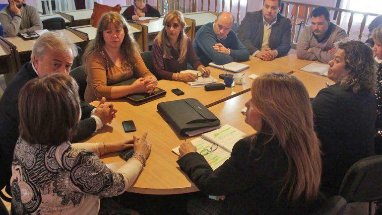 El defensor del Pueblo de Neuquén se reunió con los concejales de Plottier.