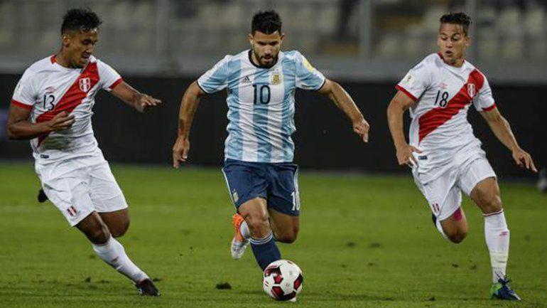 Sergio Agüero volvió a ser citado y arrancó como titular frente a los peruanos