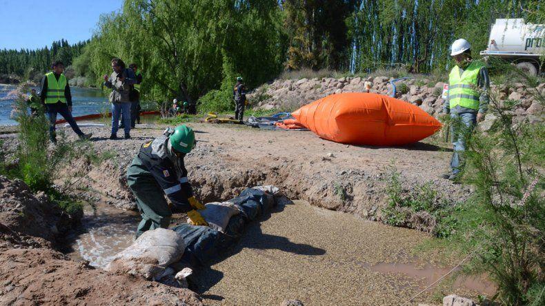 La empresa Oldelval y fuerzas de seguridad participaron del simulacro.