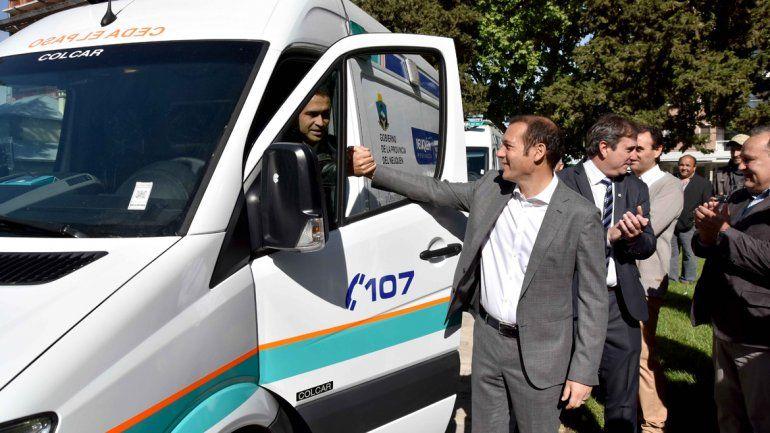 Gutiérrez anunció ayer la incorporación de ambulancias a los hospitales.