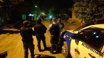 tras la represion, un hombre perdio el ojo y hubo 4 policias heridos