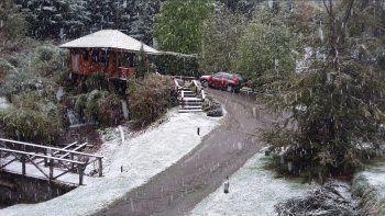 La nevada estuvo acompañada de bajas temperaturas.