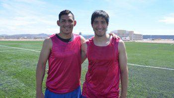 Alfredo Troncoso y Julio Ibáñez, los romperredes del Deportivo Rincón.