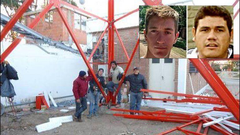 Dos obreros murieron aplastados mientras levantaban una antena de telefonía celular