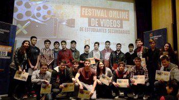 con campanella como jurado, alumnos de villa la angostura ganaron el concurso nacional de cortos