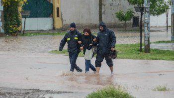 habilitaron cuatro centros de evacuados en la ciudad