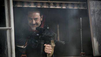 Jeffrey Dean Morgan, el psicópata asesino de la serie de los zombis.