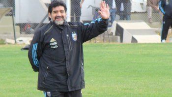 Maradona estuvo tres veces. También llegaron los cinco grandes del país.