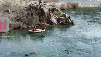 pescadores encontraron un cuerpo en aguas del rio caleufu
