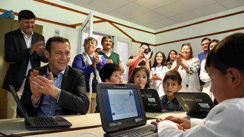 gutierrez inauguro el nuevo centro de salud de los miches