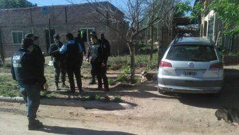 Los efectivos realizaron las diligencias ayer a primera hora. Secuestraron un auto.