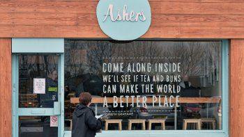 Ashers Bakery es una reconocida repostería de Belfast. Sus dueños, dicen, son profundamente cristianos.