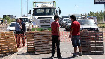 manana complicada: sigue el corte total de los vecinos de nueva espana sobre la ruta 7