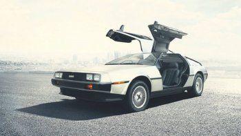 el auto de volver al futuro vuelve a fabricarse en el 2017