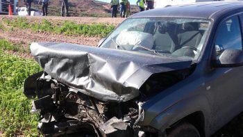 tres heridos tras un choque frontal entre dos camionetas en la ruta 7 a la altura de anelo