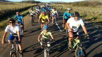 bicicleteada: se realizo la cruzada homenaje al policia jose aigo