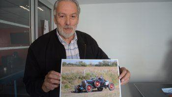 Lateulade muestra una imagen de uno de los autos que participarán.