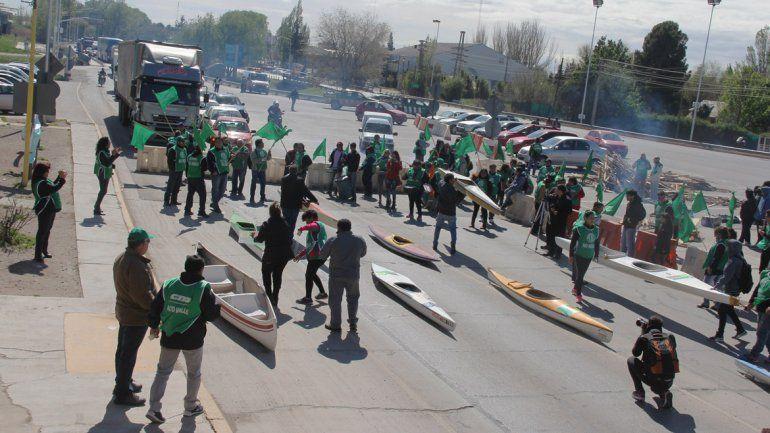 ATE Río Negro protestará el miércoles en los puentes