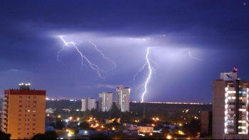 alerta por tormentas electricas para esta noche