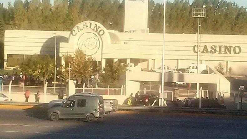 Evacuaron el Casino del Río por una amenaza de bomba