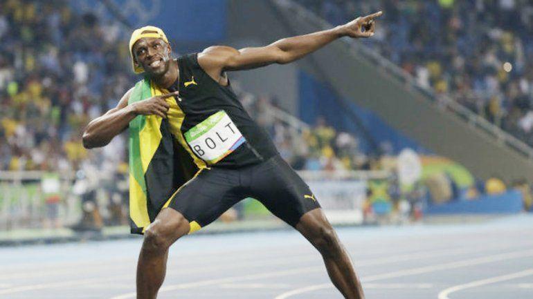 Usain Bolt y su típico festejo. En una carrera emotiva logró su oro Nº 7.