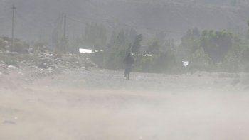 alerta meteorologico por lluvias y vientos fuertes en la region