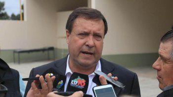 Weretilneck pidió bajar los decibeles en el conflicto docente.
