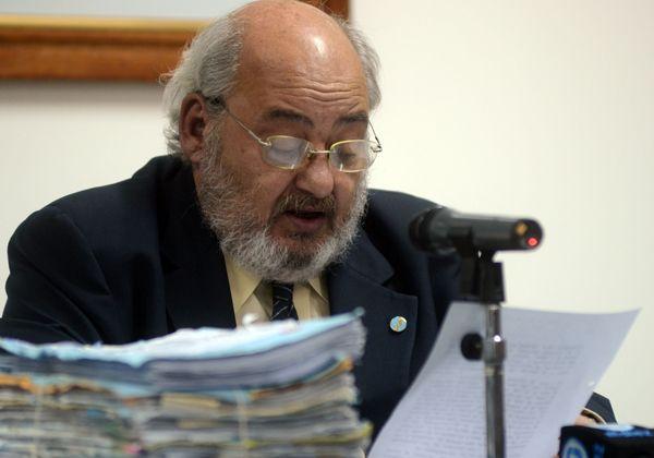 Denuncian a Labate por la selección de jueces