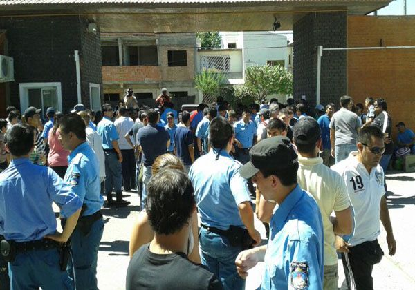 Policías rechazaron la propuesta del gobierno