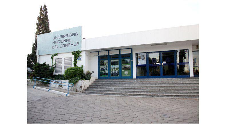 El Castro Rendón y la UNCo presentan la Tercera Jornada Regional de Médicos Residentes