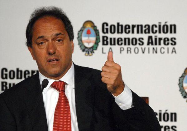 Scioli reivindicó sus encuentros y dijo que hay que hablar con todos los sectores