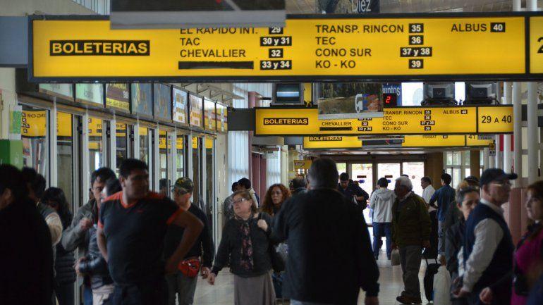 Cientos de pasajeros afectados por el temporal de nieve